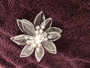 Brooch silver-colored
