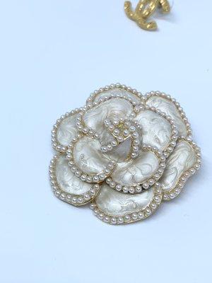 Brosche Camelia Kamelie Blume gold Perlen Anstecker