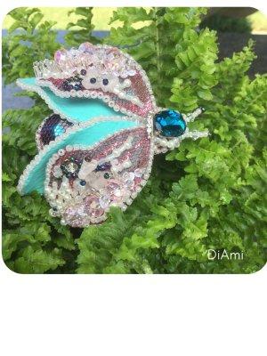 Brooch multicolored