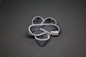 Pendant black-grey