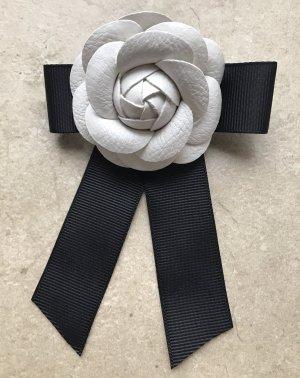 Brosche Schleife Anstecknadel im Chanel Stil