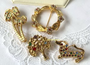 American Vintage Brooch gold-colored