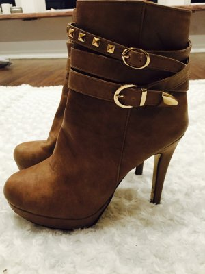 Brown high heels Boots