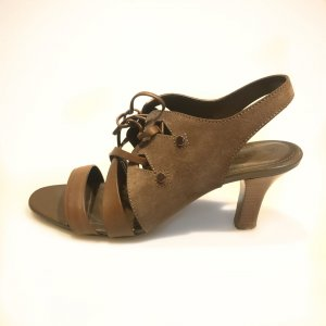 Brown  Tod's High Heel