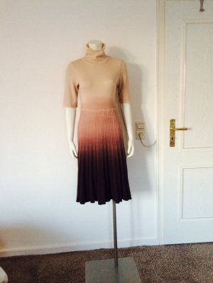 Bruno Manelli Kaschmir Kleid in Größe 38 cm