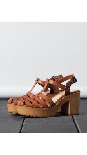 BSK heel track sandals