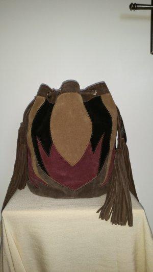 Bucket Bag aus Patchwork-Leder von Zara