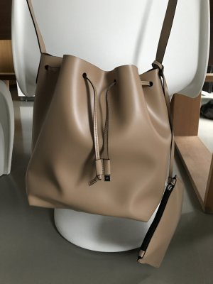 Bucket Bag Coccinelle