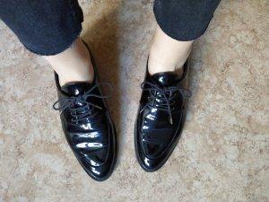 Zara Trafaluc Ballerines en cuir verni noir