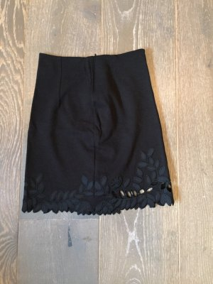 Falda stretch negro