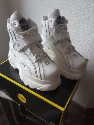 Buffalo Chaussures à lacets blanc