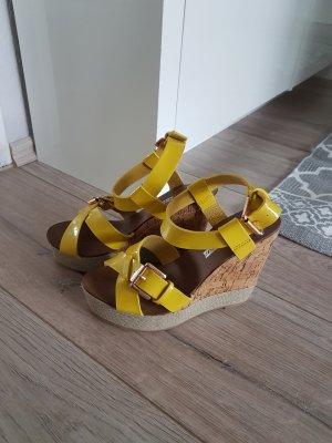 Buffalo London Sandales à talons hauts et plateforme jaune fluo-beige