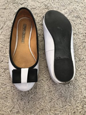 Buffalo Patent Leather Ballerinas white-black