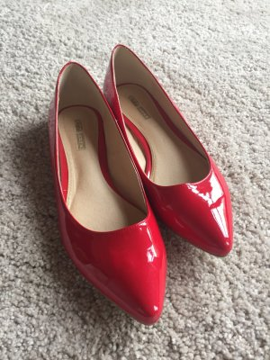 Buffalo Patent Leather Ballerinas red