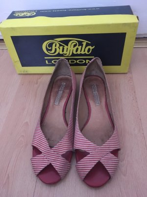 #Buffalo#Ballerinas