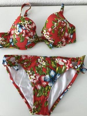 Buffalo Bikini im Blumendesign