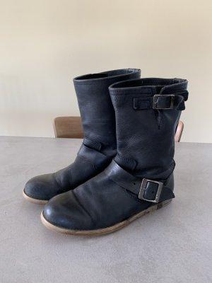 Buffalo Desert Boots black leather