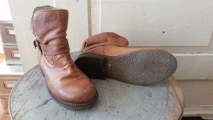 BUFFALO Boots gefüttert