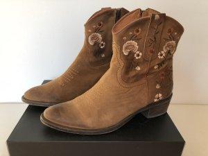 Buffalo Western Booties light brown