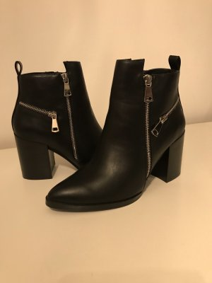 sports shoes b79d2 2336b Buffalo Ankle Boots black-silver-colored