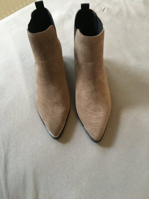 Buffalo Boots, neu, taupe