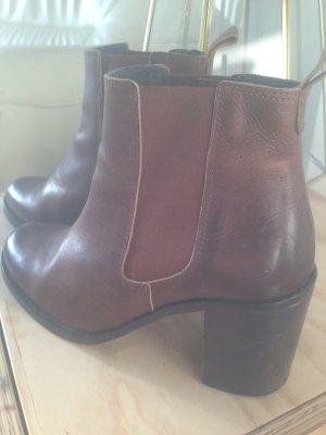Buffalo Chelsea Boots 39