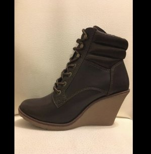 Buffalo Platform Booties dark brown