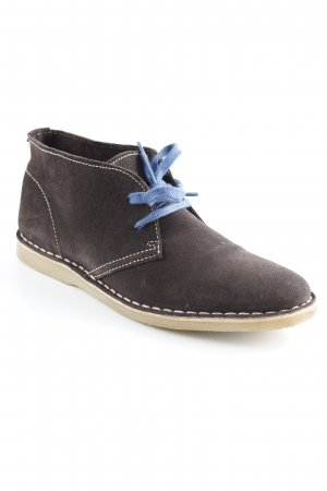 Buffalo Desert Boots dunkelbraun-blau Boyfriend-Look