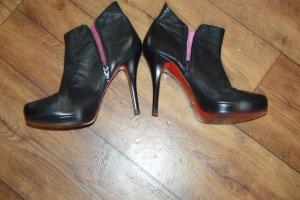 Buffalo High-Heel-Stiefelette, schwarz  Rote Sohle Gr. 40