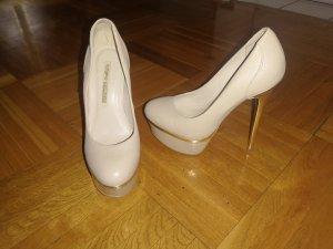 Buffalo High heels