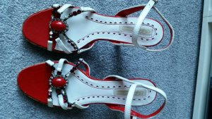 Buffalo Strapped High-Heeled Sandals white-red leather