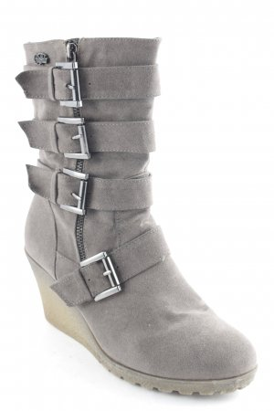 Buffalo Keil-Stiefeletten braun Street-Fashion-Look