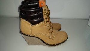 Buffalo Keilabsatz Boots