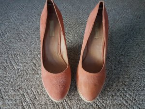 Buffalo Keilabsatz Plateau Pumps in Apricot