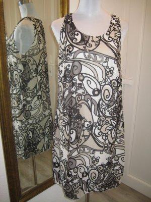 Buffalo Kleid Grau Beige Weiss Retro Muster Gr 38/40