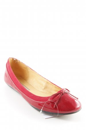 Buffalo London Patent Leather Ballerinas dark red-red casual look