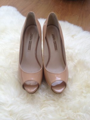 Buffalo London Nude Pumps
