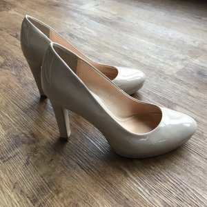 Buffalo nude Pumps