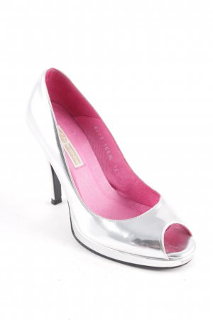 Buffalo Peeptoe Pumps silberfarben Logo-Applikation