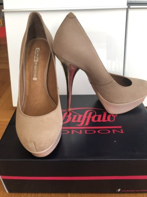 Buffalo Plateauzool pumps beige Leer