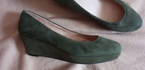 Buffalo London Wedge Pumps dark green-khaki suede