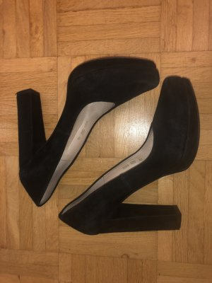 Buffalo Pump / high heel