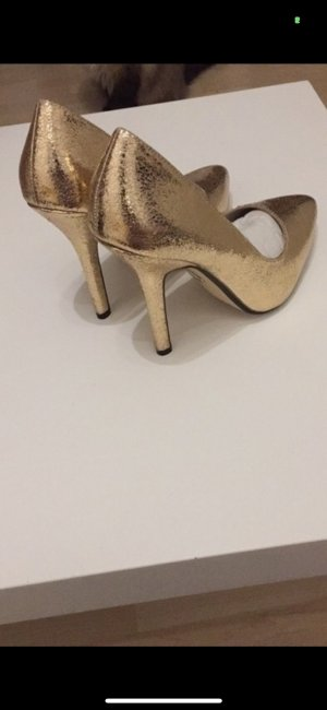 Buffalo High-Front Pumps gold-colored