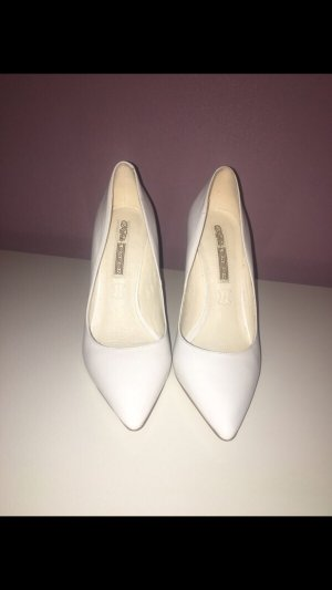 Buffalo Pumps weiss
