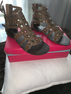 Buffalo girl Roman Sandals brown