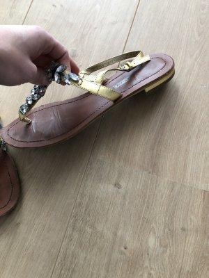 Buffalo Toe-Post sandals gold-colored