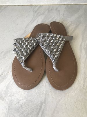 Buffalo Sandalen Flip Flops mit Nieten