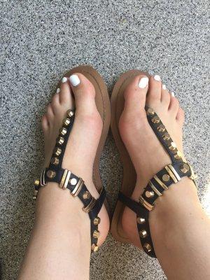 Buffalo Sandalen Nieten schwarz Gold Gr 39