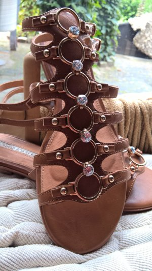 Buffalo Strapped High-Heeled Sandals cognac-coloured leather