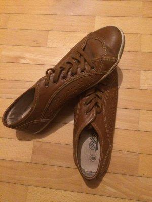 Buffalo Schuhe braun